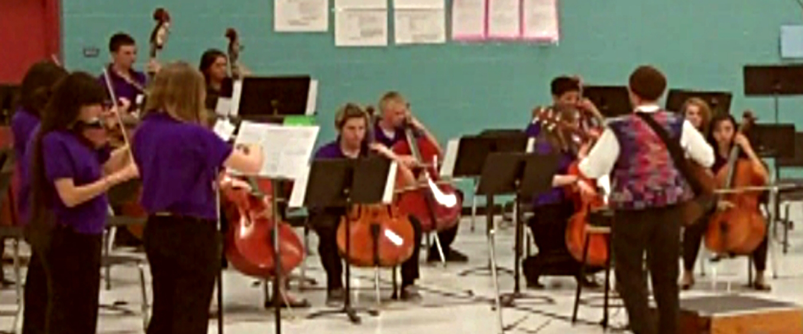 Hi-Dukes with a youth orchestra